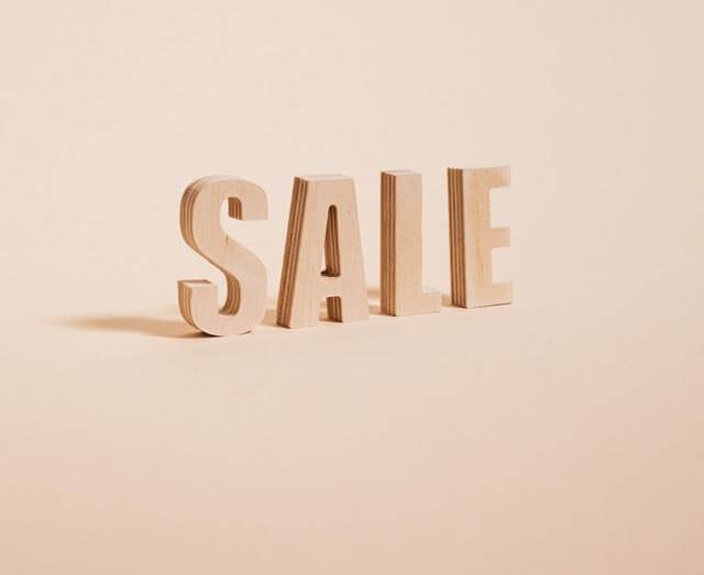 Black Friday Sale Short