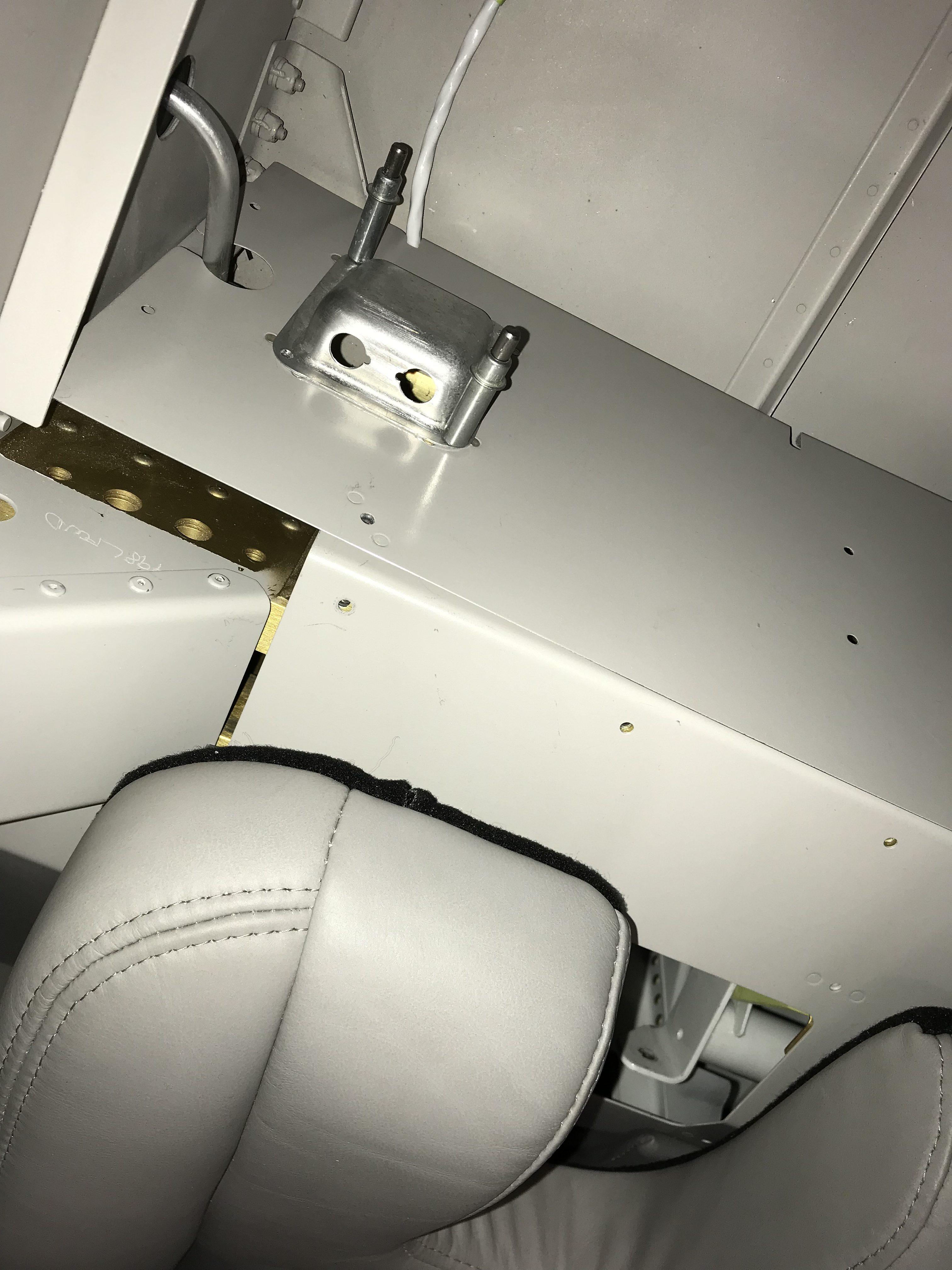 Pilot's headset jack