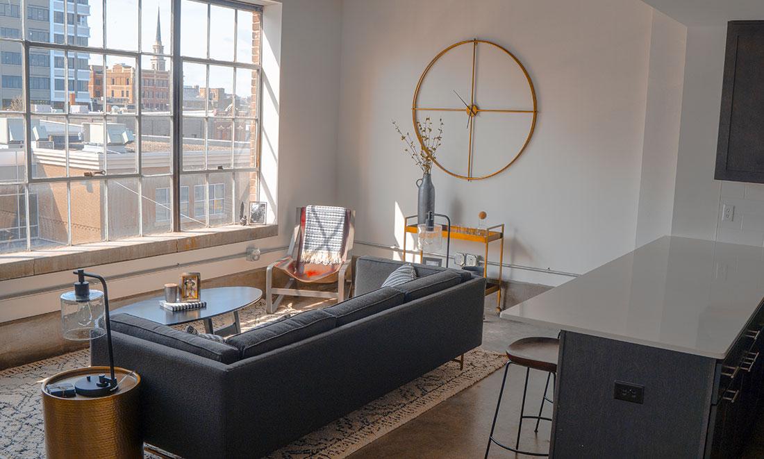 Bright Sunny Apartment