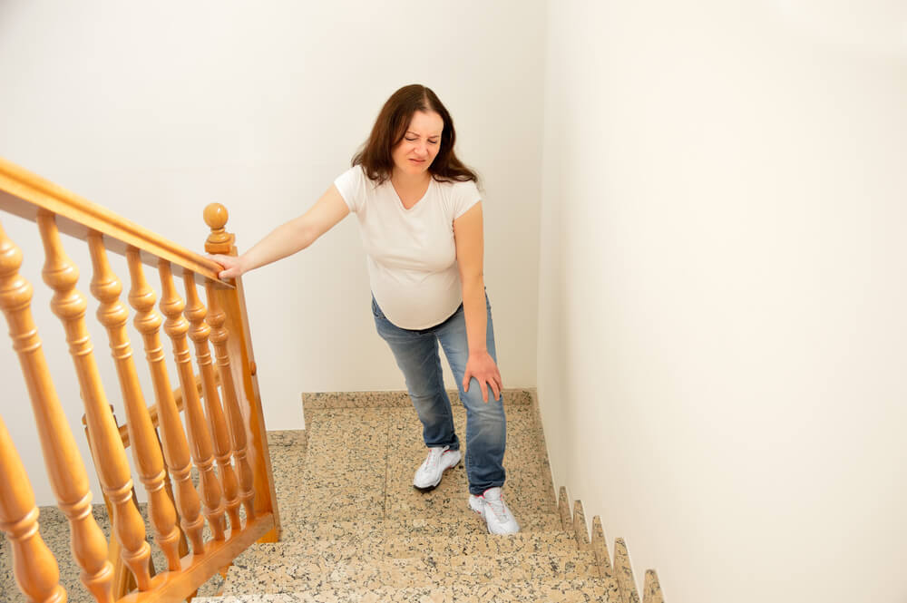 Why Do I Have Knee Pain When Walking Up Stairs?