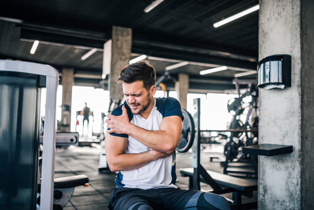 Why Does My Shoulder Hurt When I Lift My Arm?