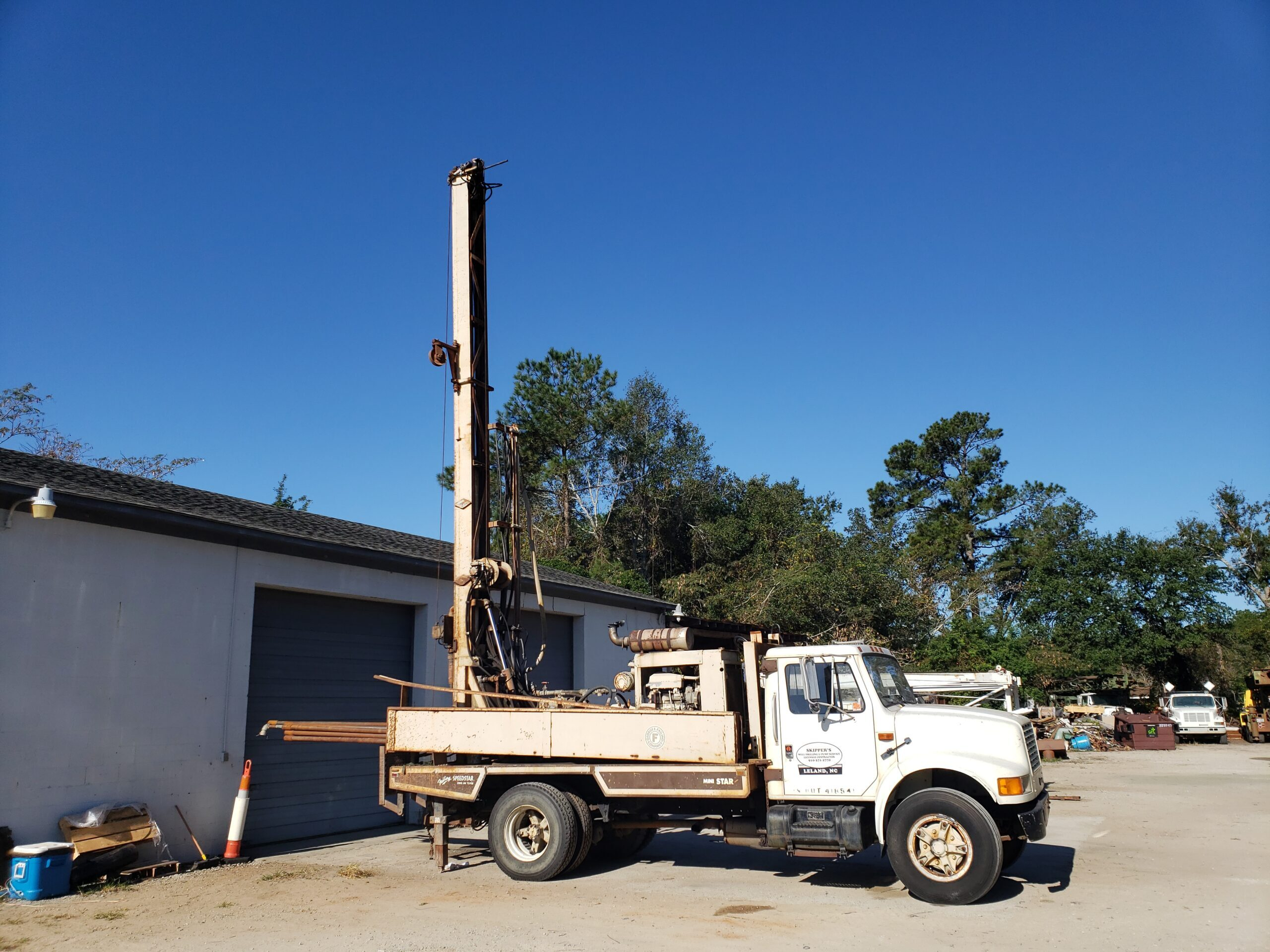 Skipper's Well Drilling & Pump Service Rig