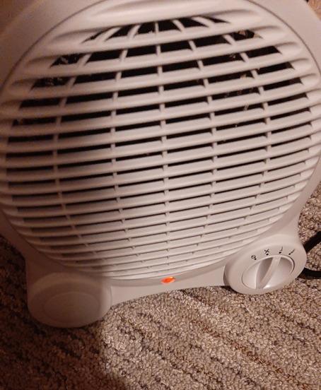 Mini heater in use