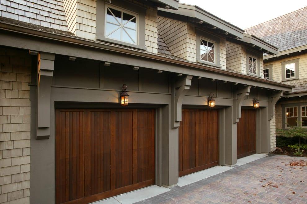 San Antonio Medical Center Wood Garage Door Installation Repair Service Maintenance Company Boerne Helotes