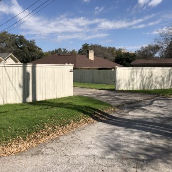 Privacy Fence builder contractor San Antonio