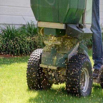 commercial lawn care kenosha, business lawn care kenosha, commercial grass care kenosha