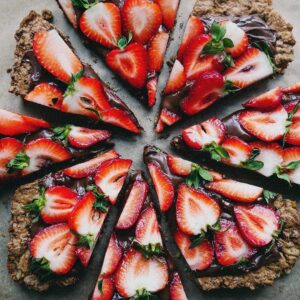 Delicious Chocolate Strawberry Tart