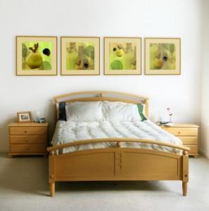 Wall decor in bedroom