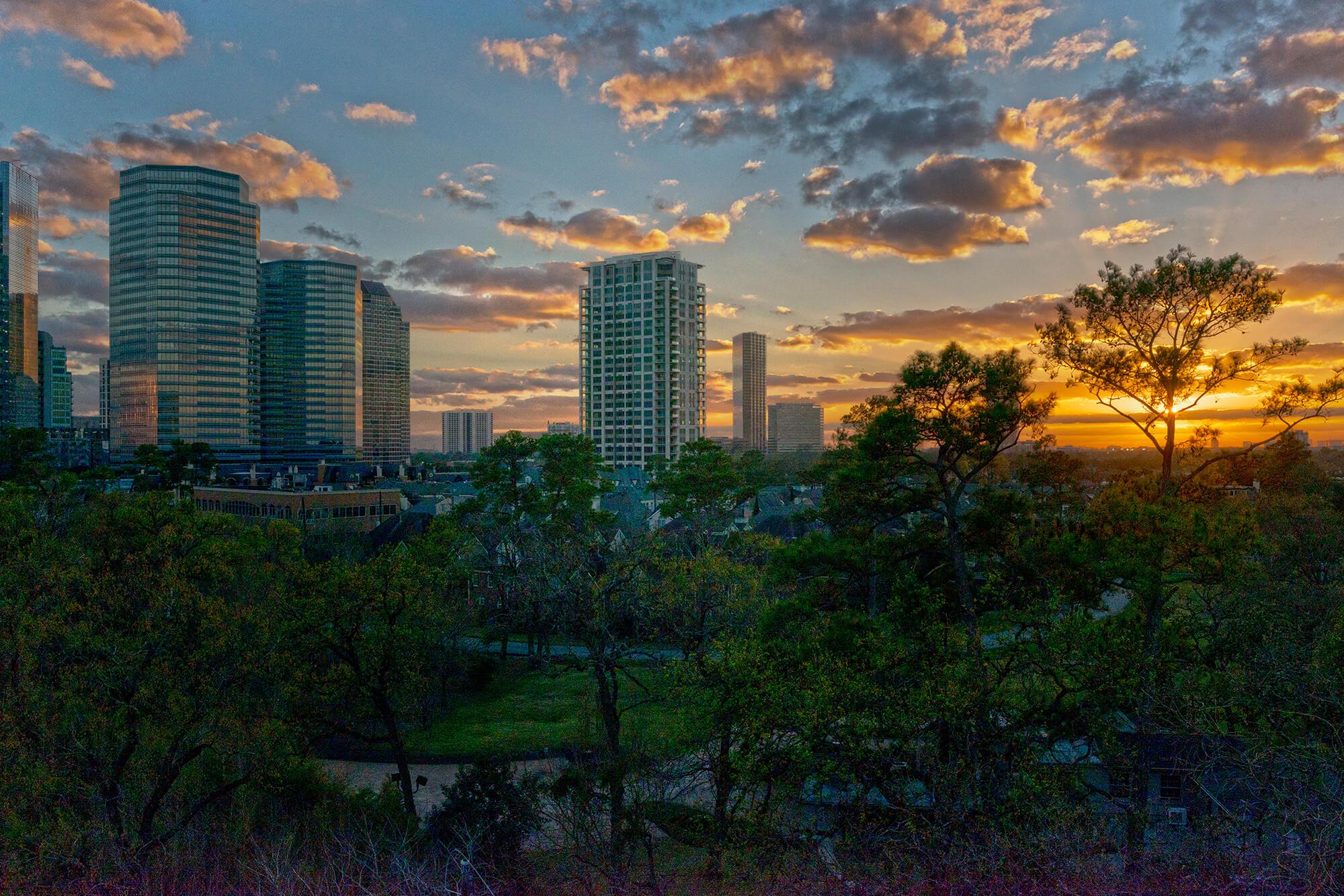 Uptown Park Sunset Belfiore High Rise
