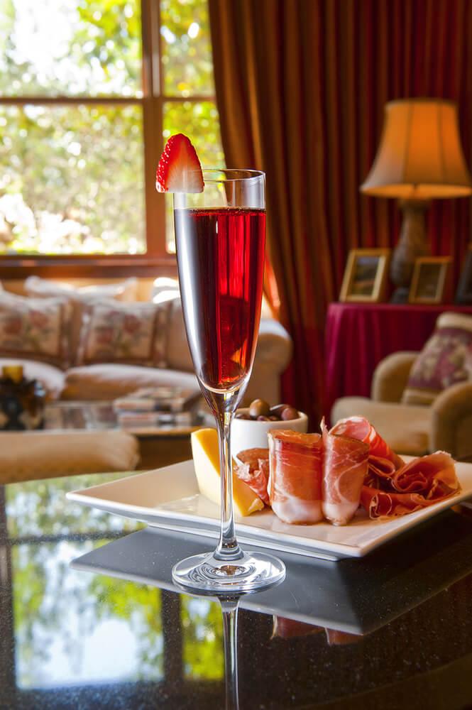 Prosciutto & Sparkling Wine