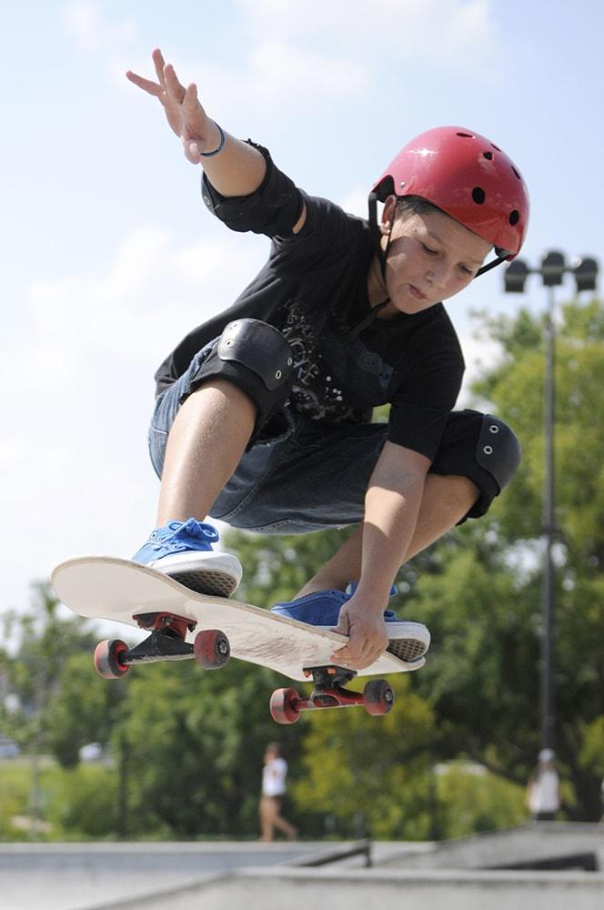 Sports Skate Boarding