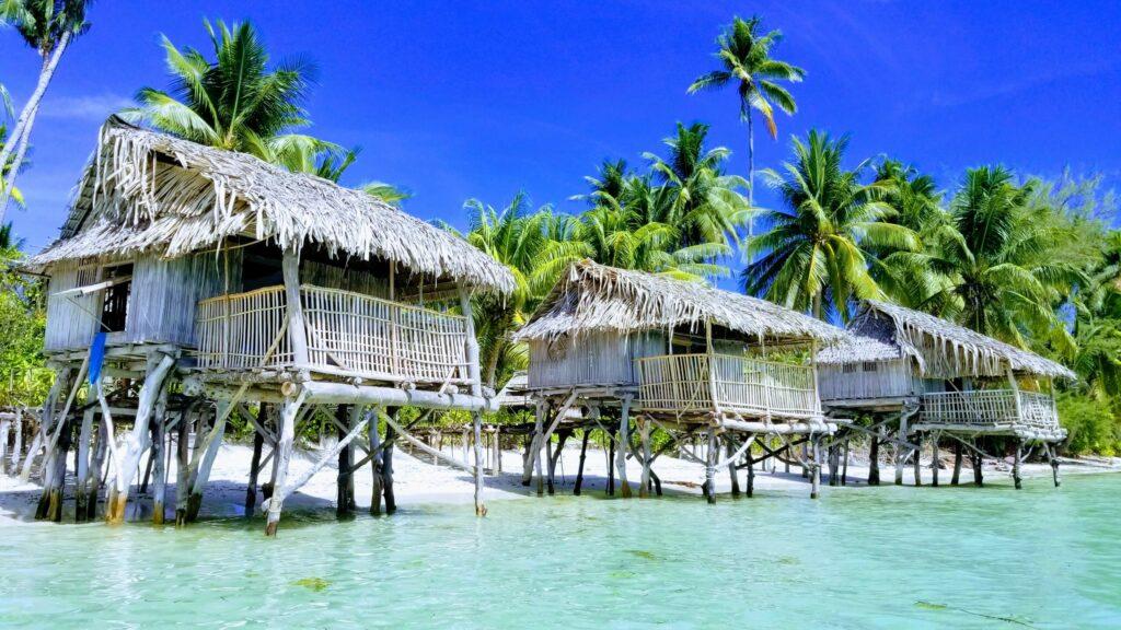 Terau Beach Bungalows - Kiribati beach Lovers Paradise
