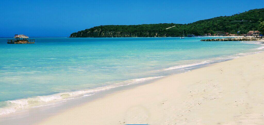 Dickinson Bay Beach