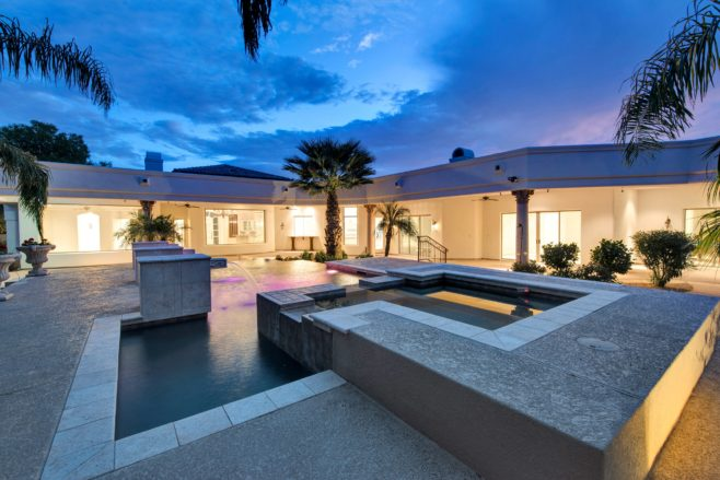 Newly Remodeled Estate In Paradise Valley