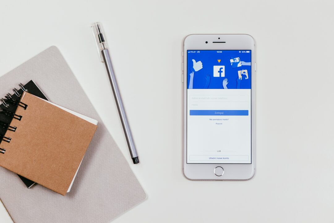 facebook login iphone