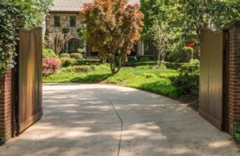 """Entrance to Malia and Michael """"MJ The Terrible"""" Johnsons Bethesda Maryland Home"""