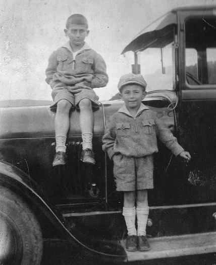 Leon and Henry Lowenstern as boys in Germany
