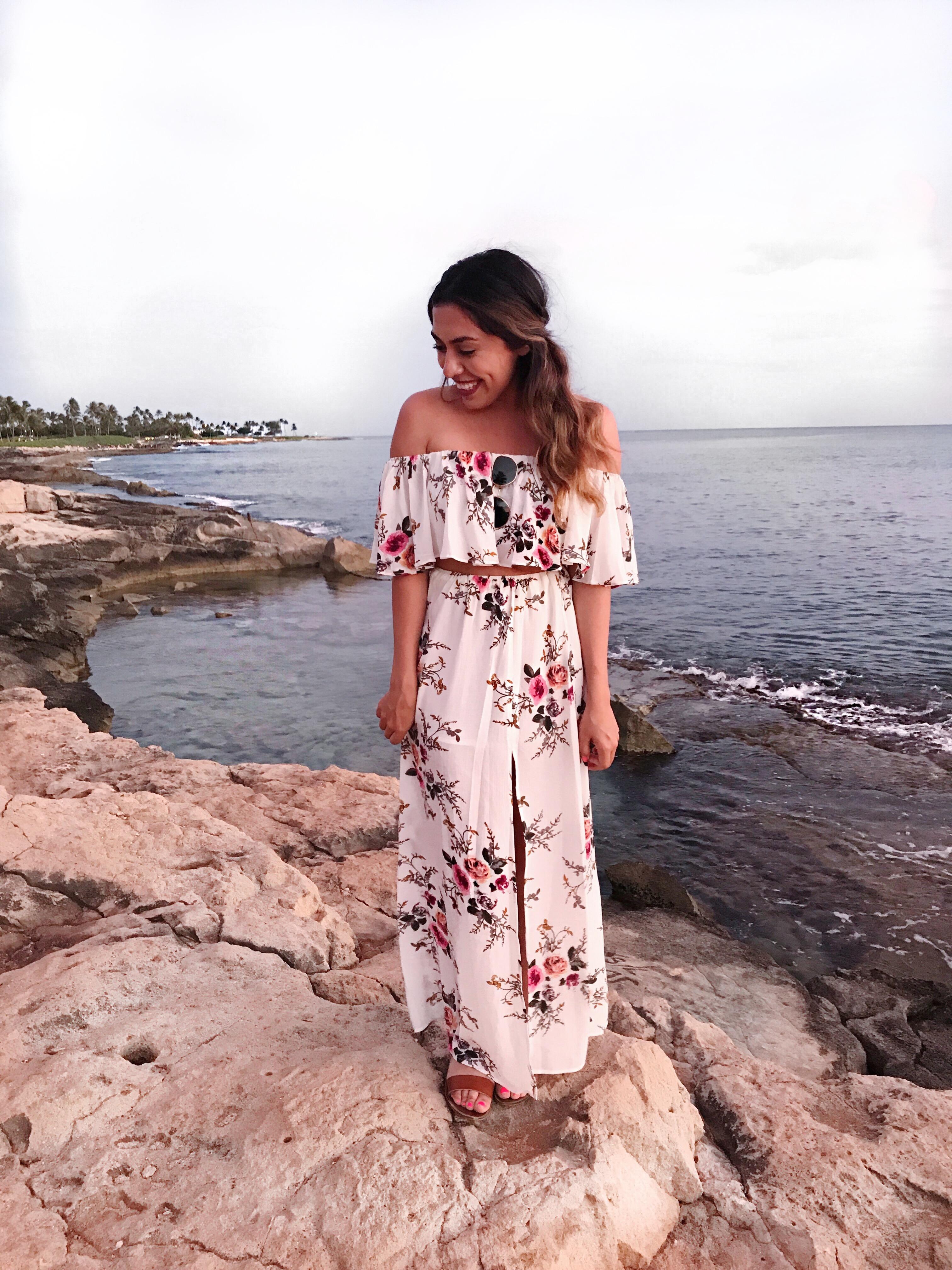 Alexis Alcala in Hawaii wearing SHEIN in the summer
