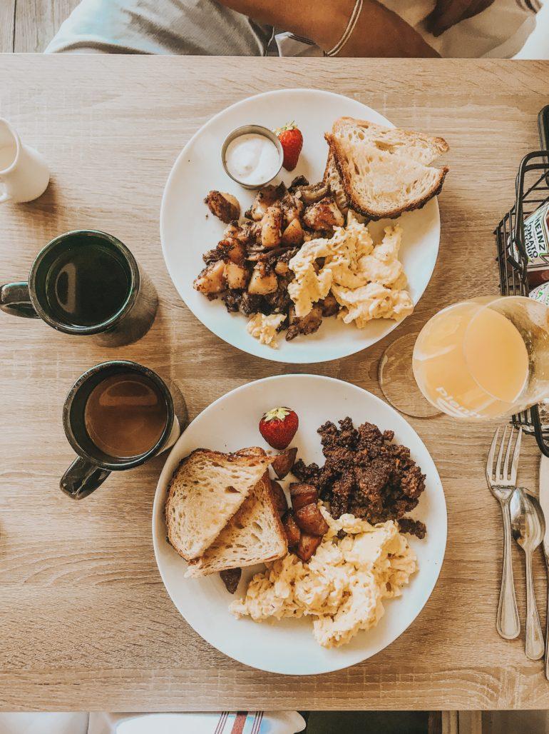 Plenty on bell in Los Alamos California breakfast and coffee