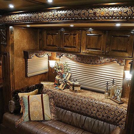 trailers-inside450