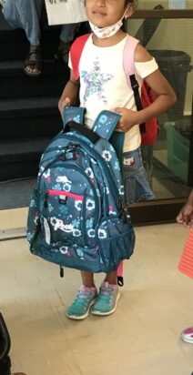 Distribution de sacs et fournitures scolaires 2020