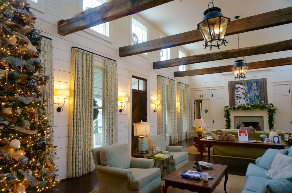 ladyhattan luxury travel nyc nashville fontanel inn travel tips