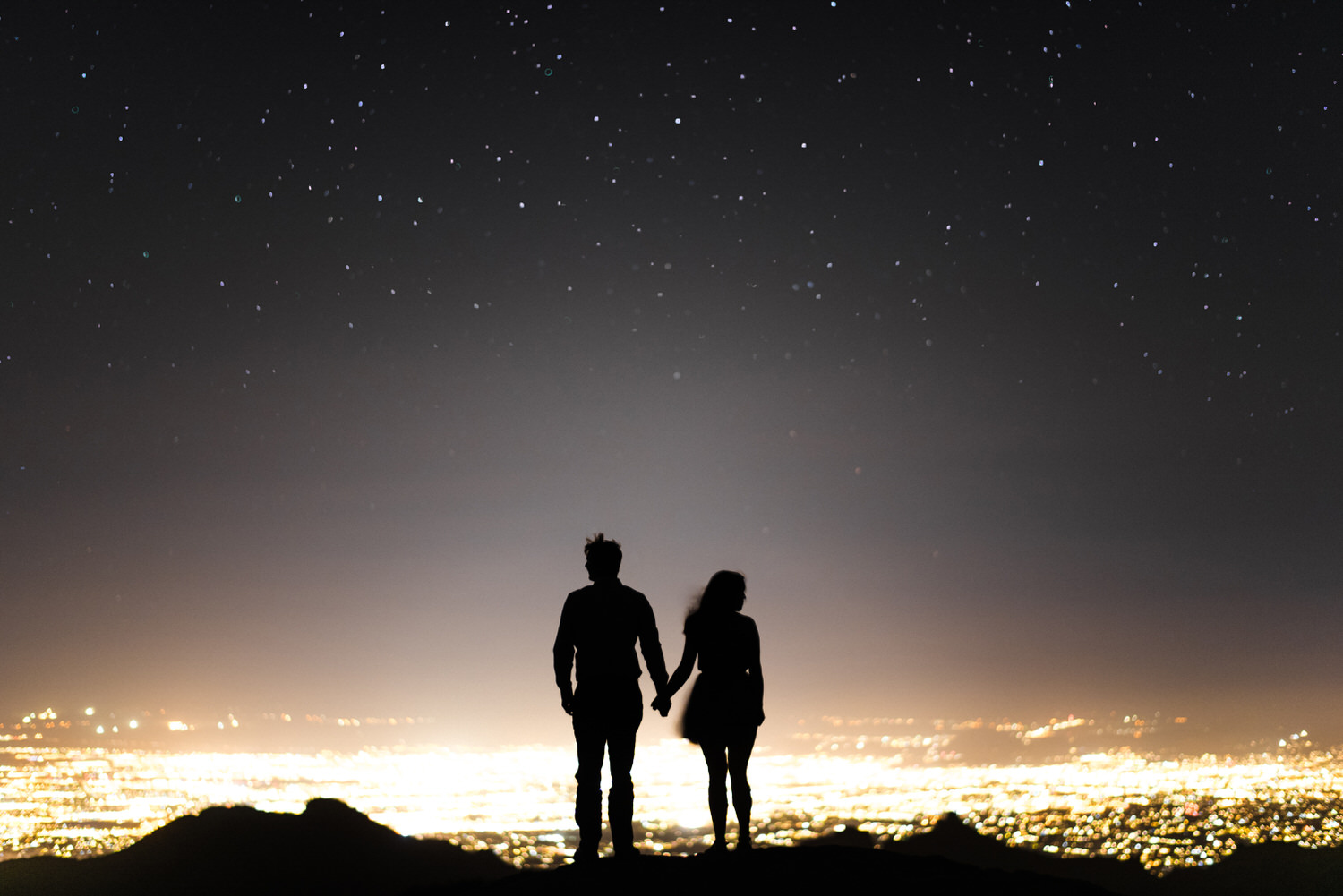 Night sky and engagement session from windy point on mount Lemmon
