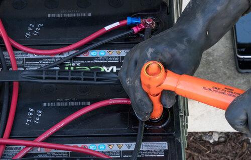 APSI-Battery-Maintence
