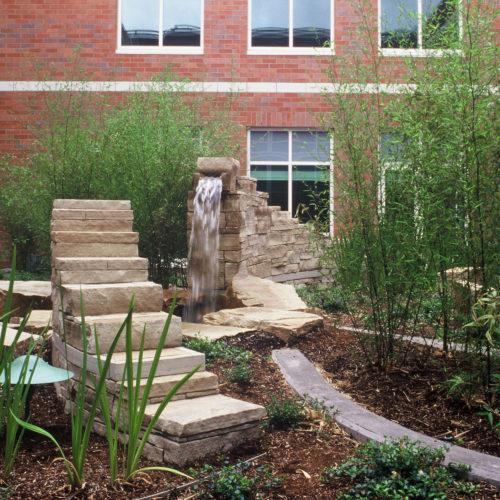 Salem Hospital rooftop-garden