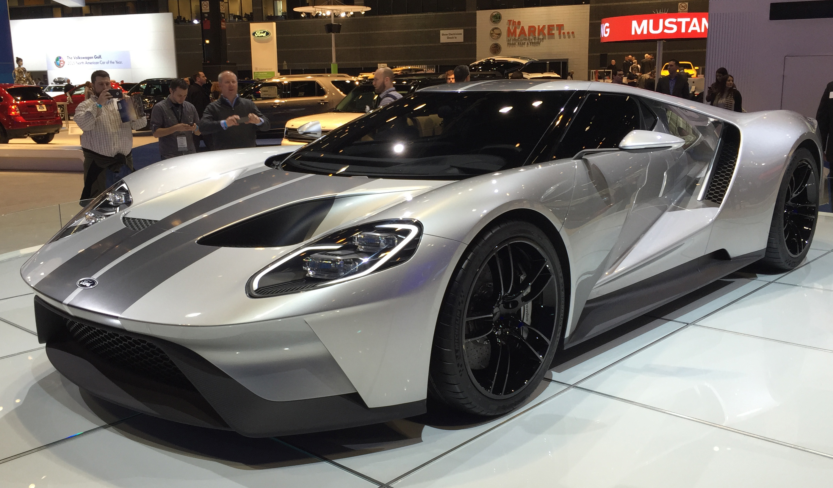 New Ford GT Chicago Auto Show Front
