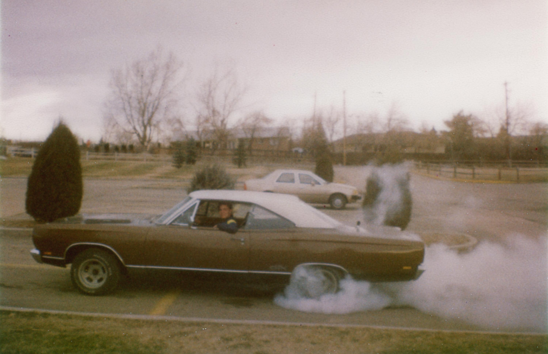 1969-Plymouth-GTX-Burnout