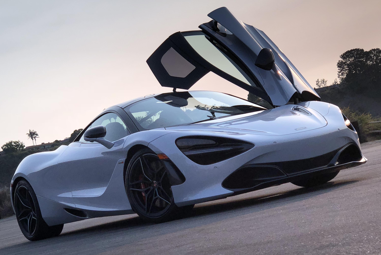2017 McLaren 720S White Front