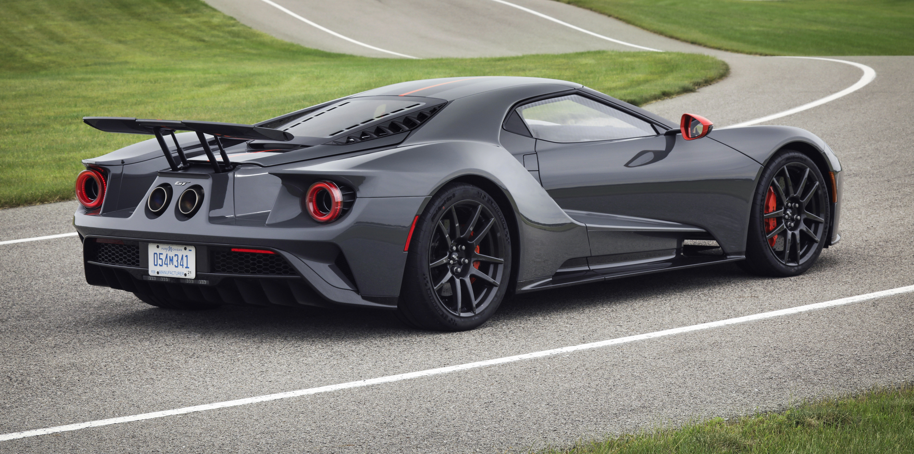 Ford GT Carbon Series Leadfoot Rear Curve