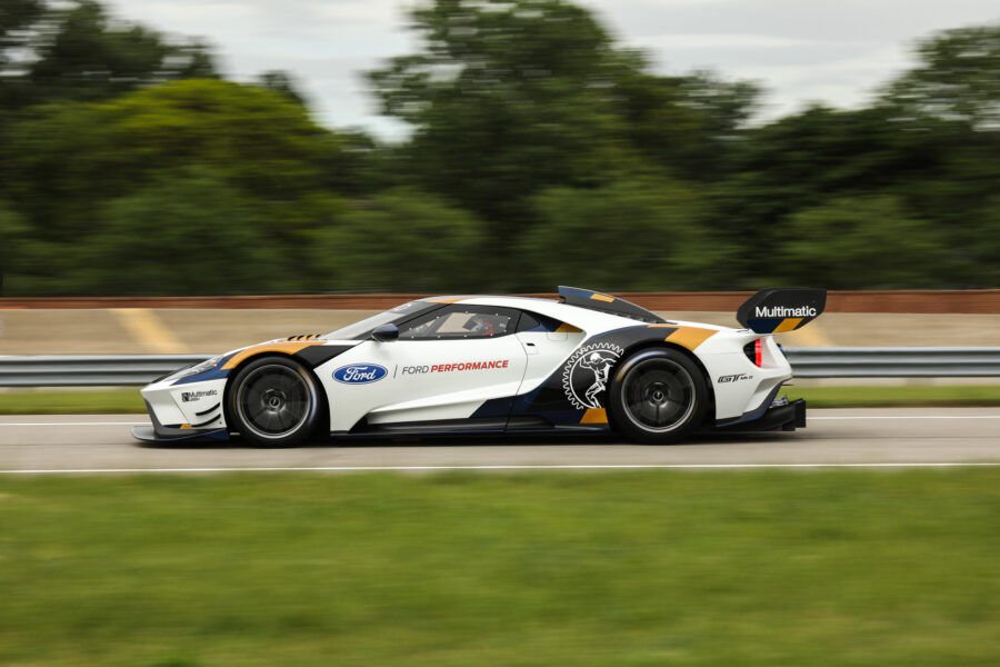 Ford GT Mark II Profile Driving