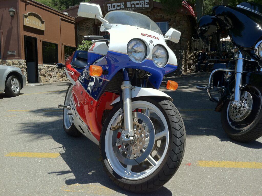 Honda RC30 Rock Store