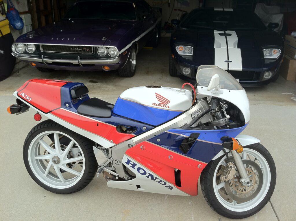Honda RC30 by cars
