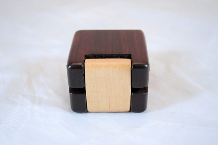 ERB-149 Bloodwood & Curly Soft Maple - Hinge