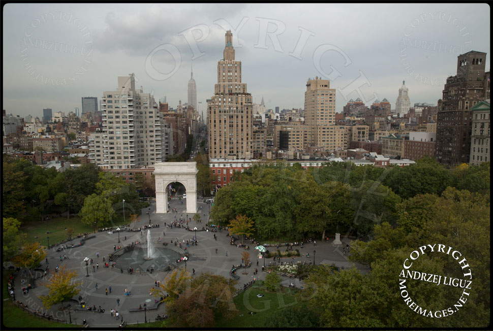 The great view over Washington Sq Park from the Kimmel Center © Andrzej Liguz/moreimages.net. Not to be used without permission
