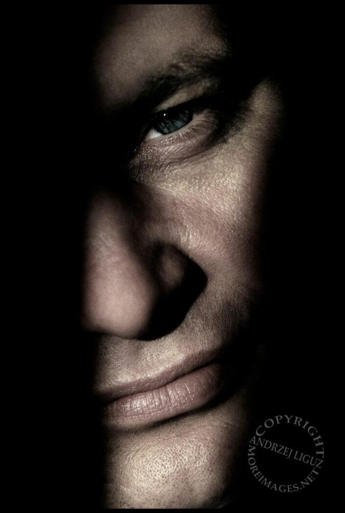 Robert Lancaster - Private Investigator
