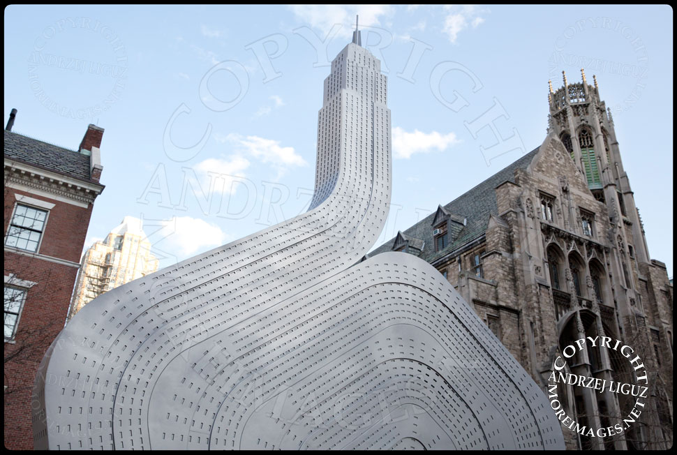 Empire State Sculpture, Park Ave and 64th St © Andrzej Liguz/moreimages.net. Not to be used without permission