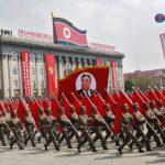 [시사] 북, 앞으론 평화 뒤로는 미사일 유도 능력 향상에 박차