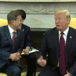 [시사] 문재인 트럼프 앞에서 관계호칭 연속 '북미', 통역은 '미북(US AND NK)'