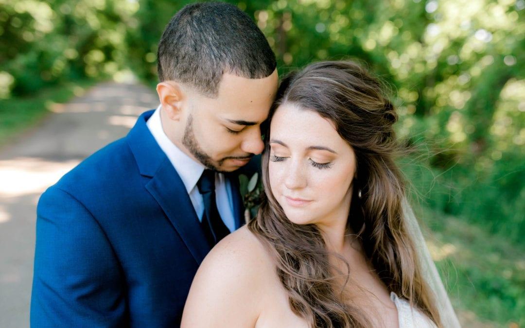 LAUREN + AJ | THE OLDE FARMHOUSE BARN | MARSHALL, MICHIGAN WEDDING