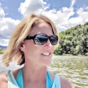 Post Whole30 Results-Lisa Kayaking on Lake Lure
