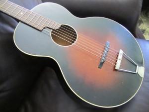 vintage acoustic guitar-328551605864290900