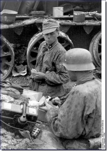 GERMAN-TOUGHEST-FIGHTER-SS-TOTENKOPF-WW2-002
