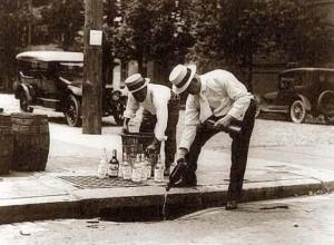 tirando wiskey 1909-1932