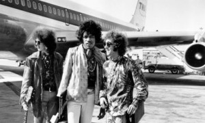 The-Jimi-Hendrix-Experien-007