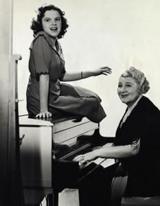 Judy Garland and Sophia Tucker