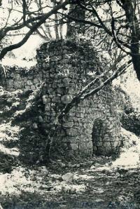 Olema lime kiln, c. 1911.